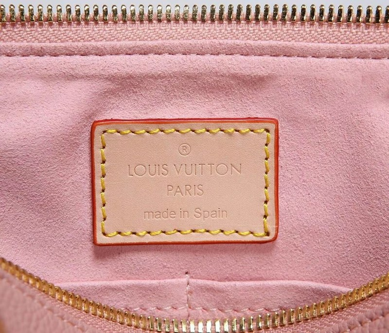 ac7afff4aac3c Louis Vuitton Monogram Canvas V Tote BB M43967 Rose Poudre [M43967 ...
