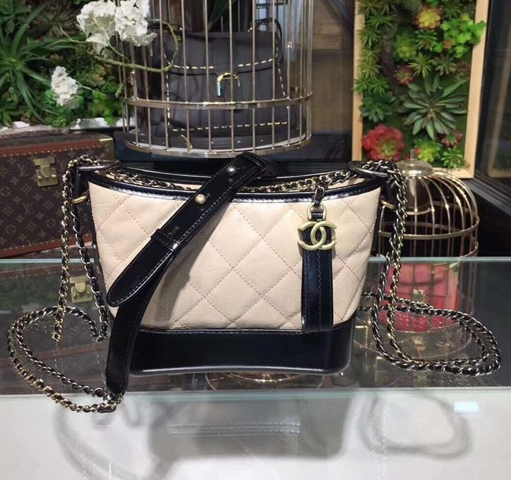 Chanel Gabrielle Aged Calfskin Small Hobo A91810 Apricot