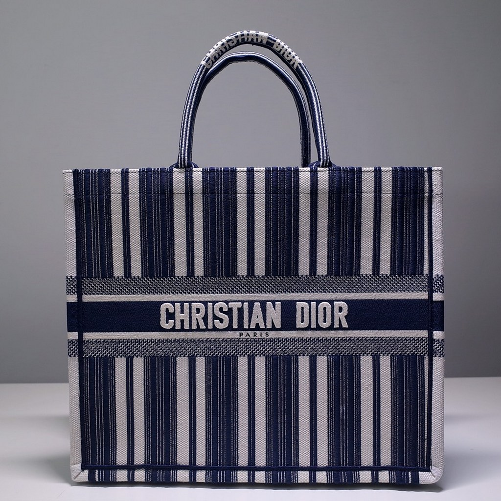 Dior Book Embroidered Canvas Tote Bag M1286ZRKQ-18