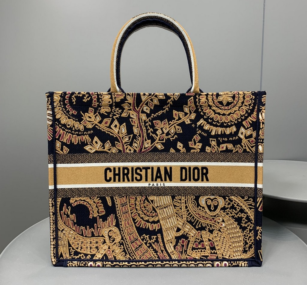 Dior Book Animals Embroidered Canvas Tote Bag M1286ZWAO Orange