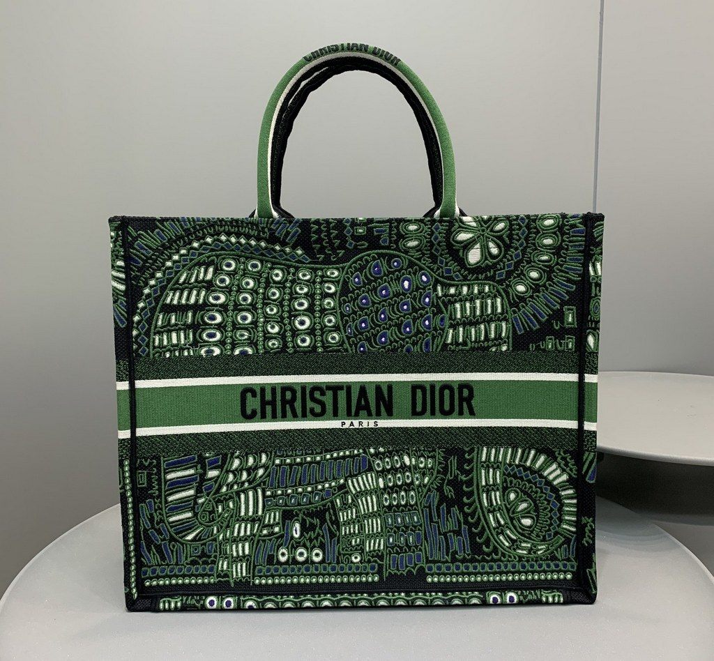 Dior Book Animals Embroidered Canvas Tote Bag M1286ZWAO Green