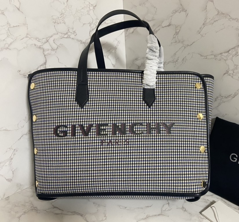 Givenchy Bond Medium Tote Bag BB50AVB Gray