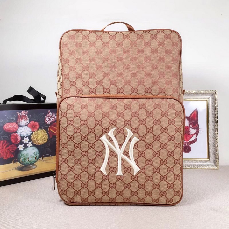 f17f11b4caa ... Gucci Medium Backpack with with NY Yankees™ Patch 536724 Brick red ...
