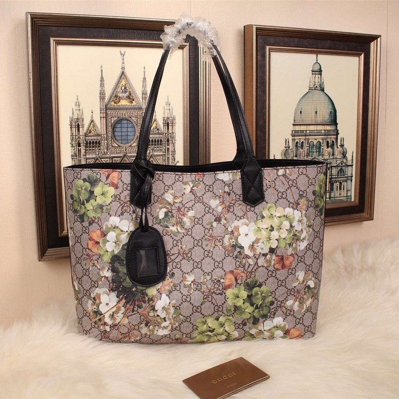 796f741588c Gucci Reversible GG Blooms Leather Tote 368571 Black Leather  368571 ...