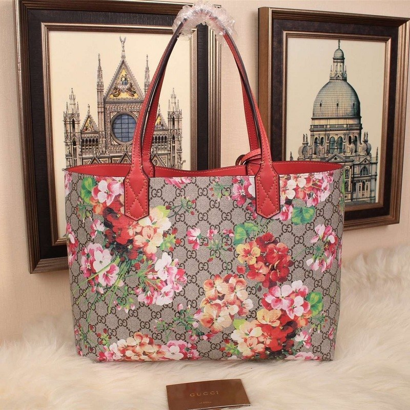 c740a6f93b6 ... Gucci Reversible GG Blooms Leather Tote 368571 Antique Rose Leather ...