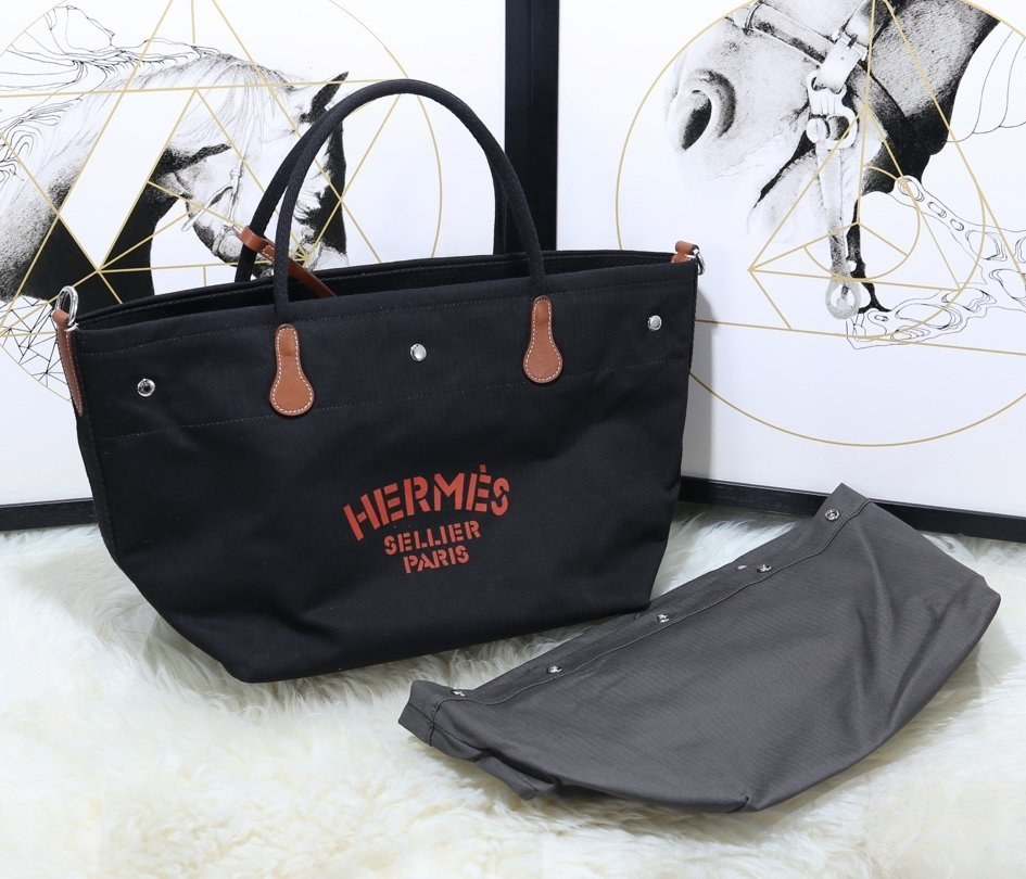 Hermes Vintage Cavalier Canvas Tote Bag H5240 Black