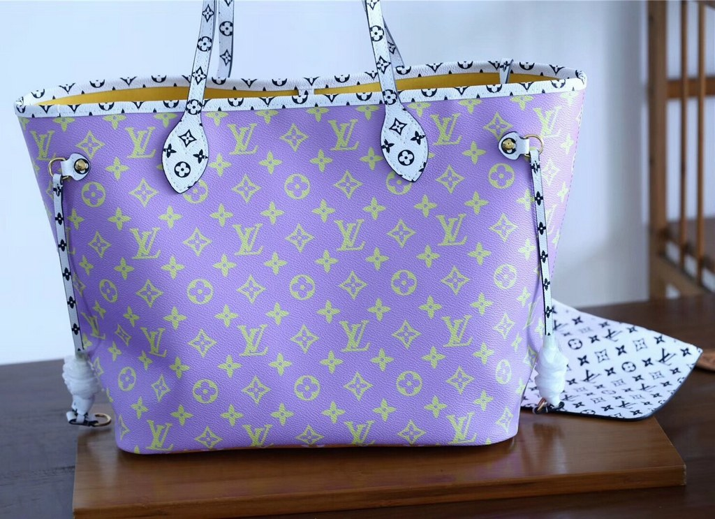 Louis Vuitton Monogram Canvas Neverfull MM M44588 Pink