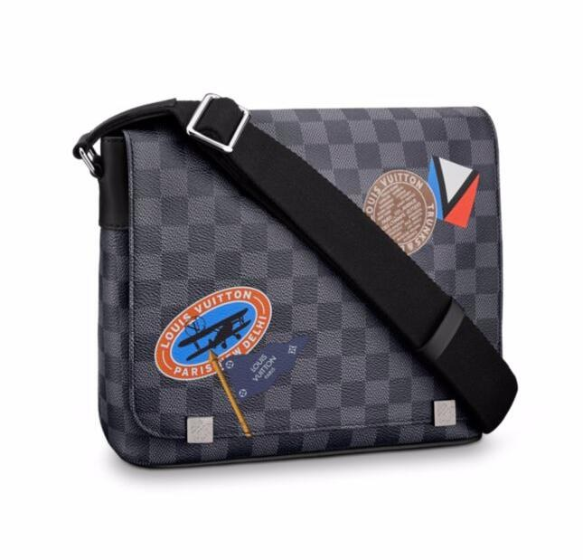 Louis Vuitton Damier Graphite District PM N41054