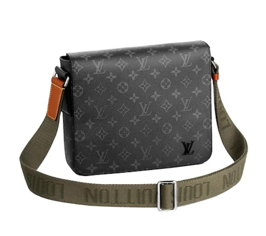 Louis Vuitton Monogram Eclipse New District PM M45627