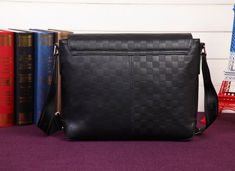 Louis Vuitton Porte-Documents Voyage Messenger Bag N41284 Black
