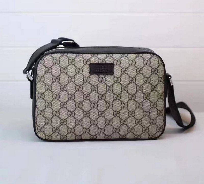 Gucci GG Supreme Shoulder Bag 450947 Black Leather Trim