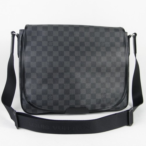 Louis Vuitton Damier Graphite Canvas Daniel MM Bag N58029