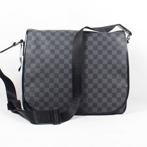 Louis Vuitton Damier Graphite Canvas Daniel GM N58033