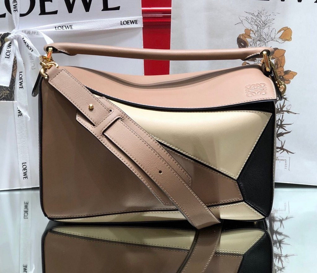Loewe Puzzle Classic Calfskin Bag 061608 Apricot&Beige