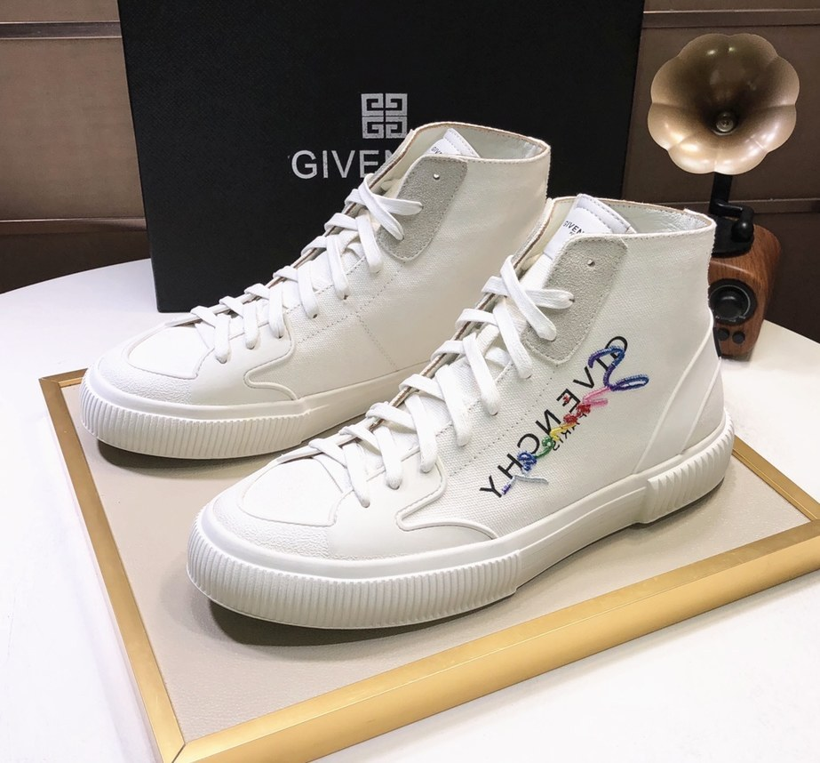 Givenchy Mid-Top Sneakers G57555-6