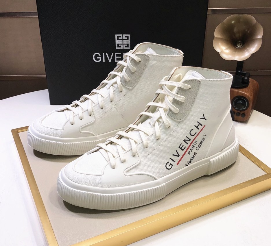 Givenchy Mid-Top Sneakers G57555-8