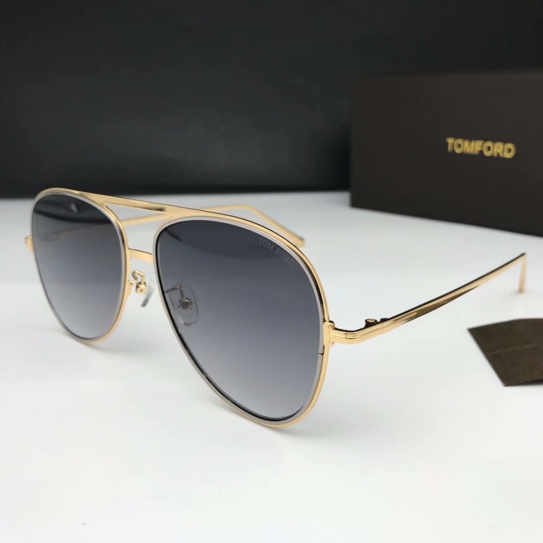 Tom Ford Sunglasses TF1090-1