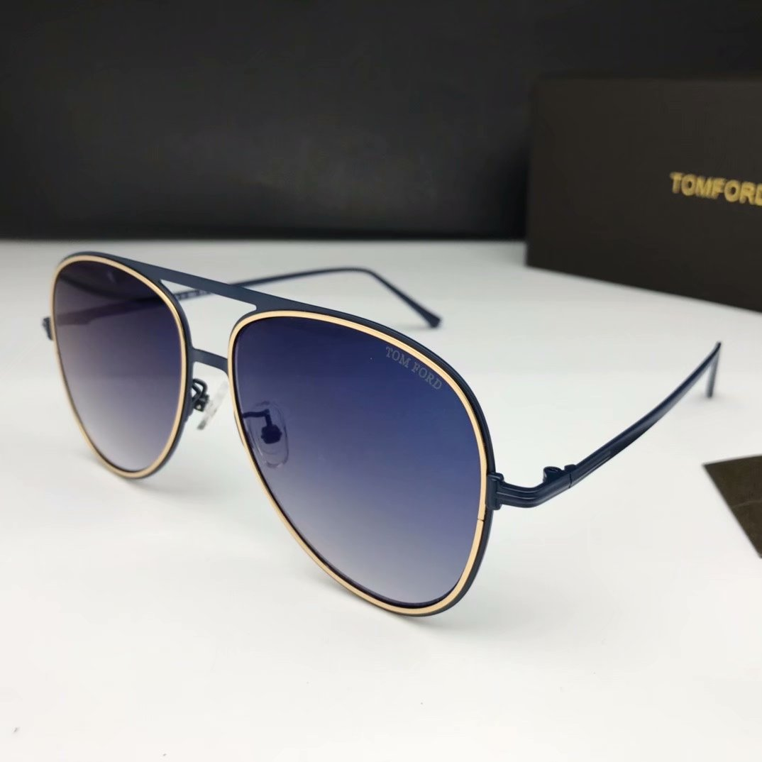 Tom Ford Sunglasses TF1090-6