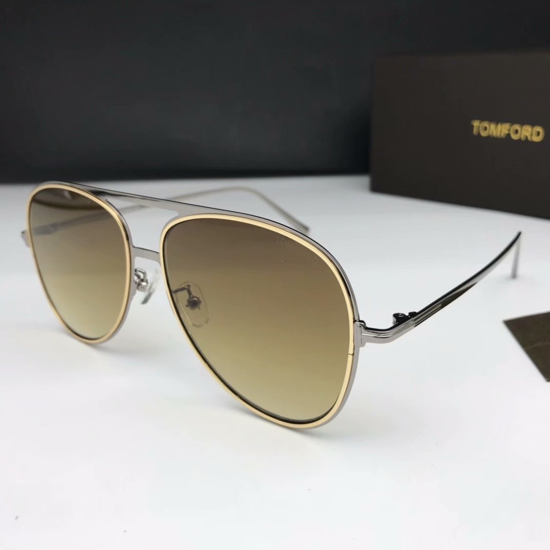Tom Ford Sunglasses TF1090-7