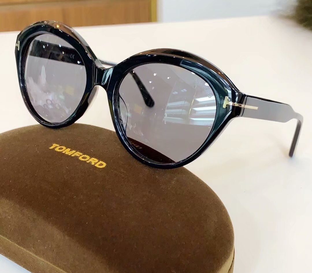 Tom Ford Sunglasses TF763-2