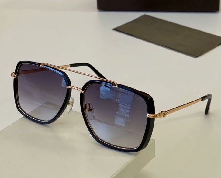 Tom Ford Lionel Sunglasses FT0750-3