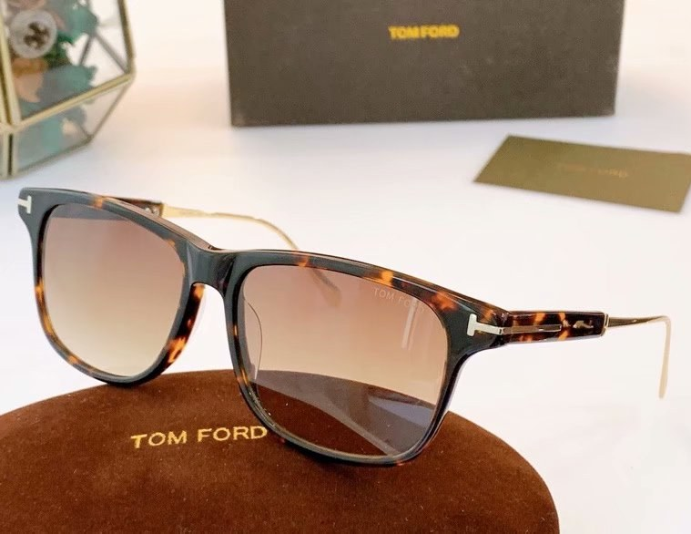 Tom Ford Fletcher Sunglasses FT0832-1