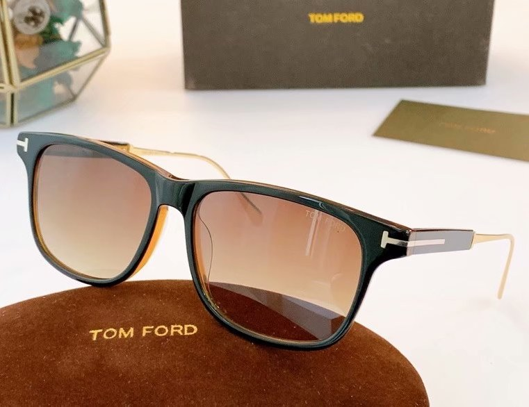 Tom Ford Fletcher Sunglasses FT0832-4
