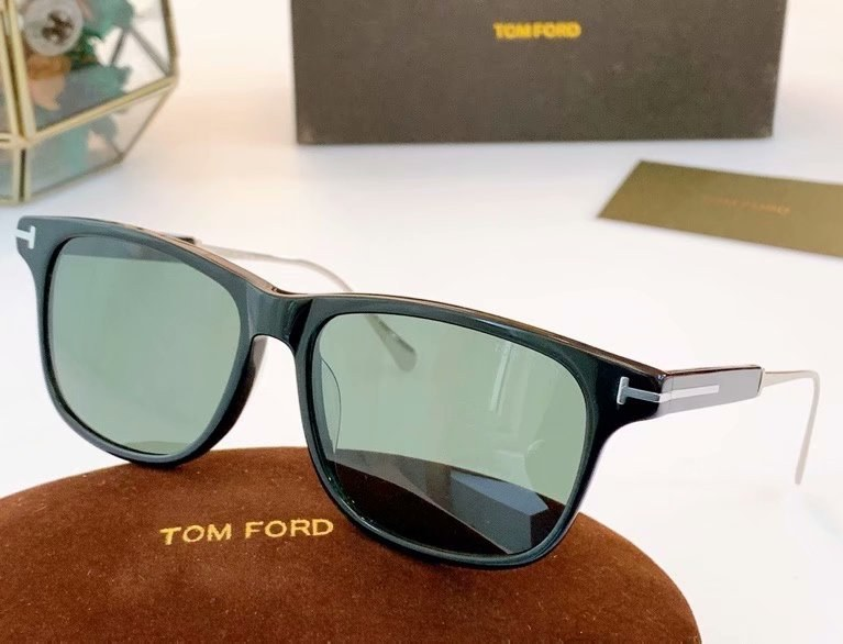 Tom Ford Fletcher Sunglasses FT0832-5