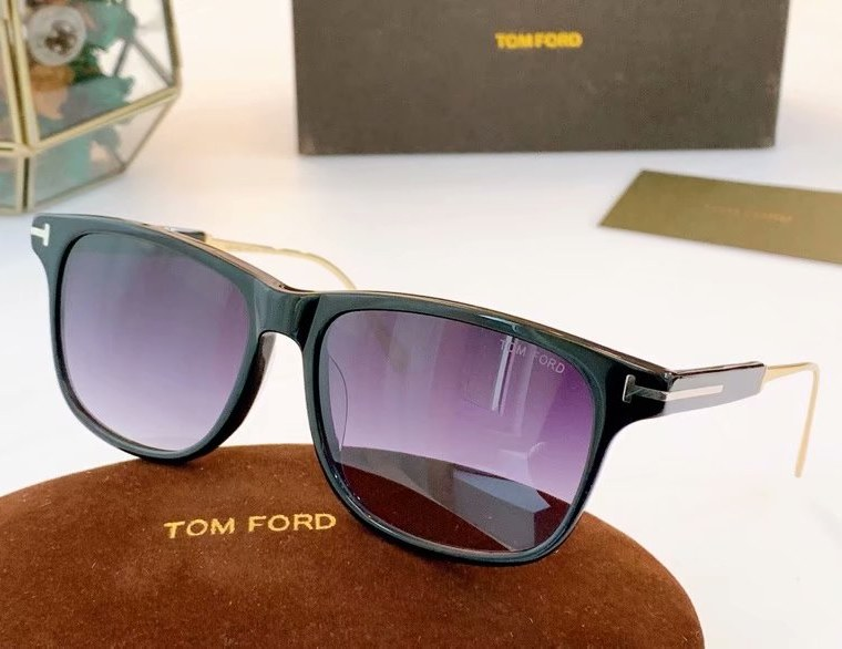 Tom Ford Fletcher Sunglasses FT0832-6