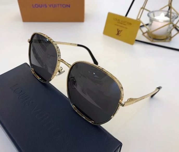 Louis Vuitton LV Catch Round Sunglasses Z1352E-2