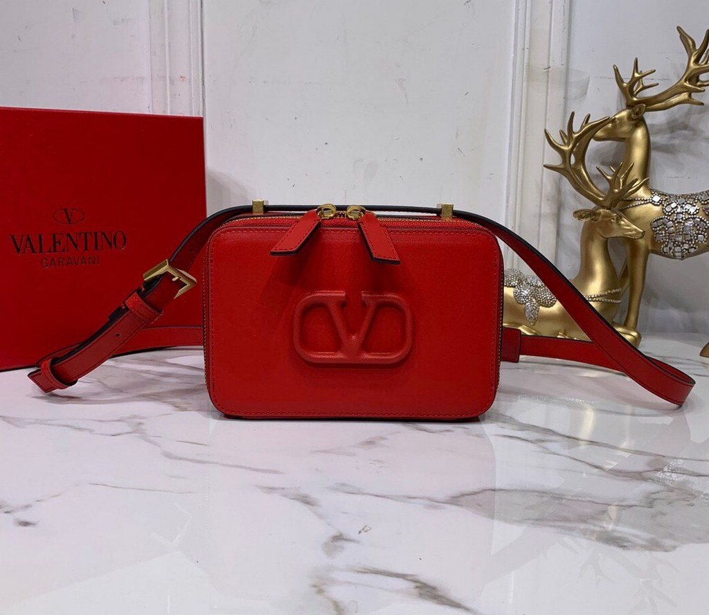 Valentino Garavani Vsling Smooth Calfskin Crossbody Bag SW0B0F19 Rouge Pur