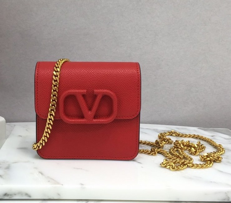 Valentino Garavani Compact VSLING Chain Wallet SW0P0S96 Red
