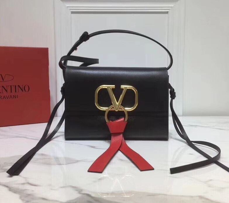 Valentino Garavani Vring Small Crossbody Bag RW0B0E04 Black