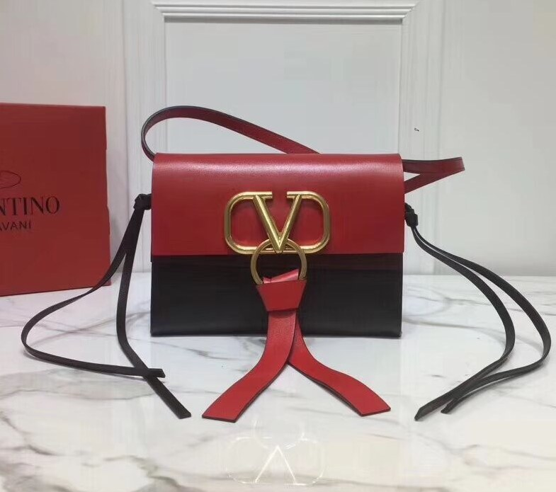 Valentino Garavani Vring Small Crossbody Bag RW0B0E04 Black&Red