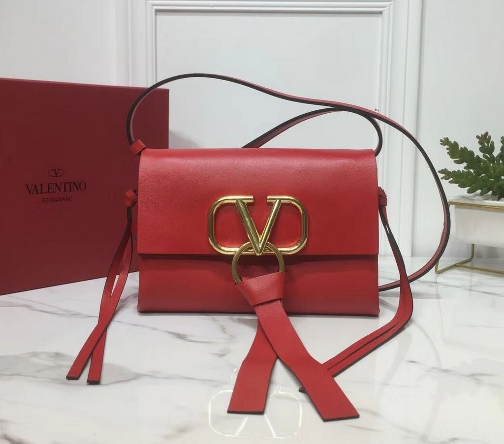 Valentino Garavani Vring Small Crossbody Bag RW0B0E04 Red