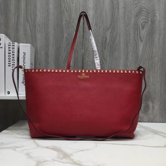 Valentino Garavani Rockstud Small Shopper RW0B0B71 Red