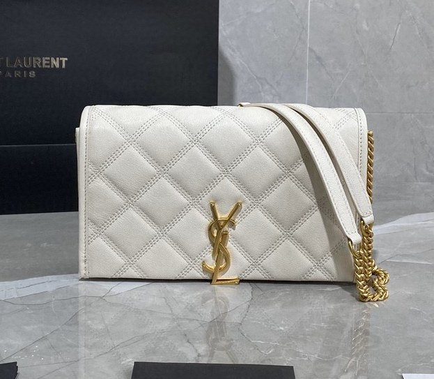 Saint Laurent Becky Quilted Lambskin Chain Wallet 585031 Blanc Vintage